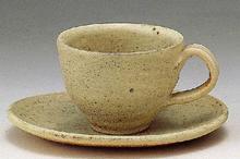 乳白コーヒー碗皿