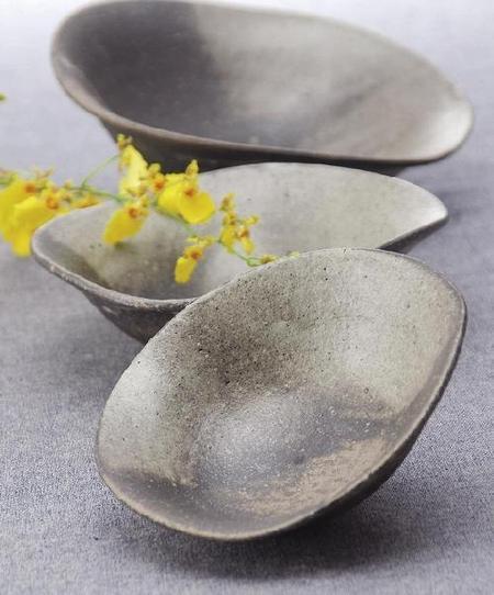 釉楽たわみ鉢(小)