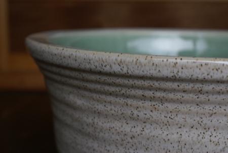 白カスミひねり水鉢11号