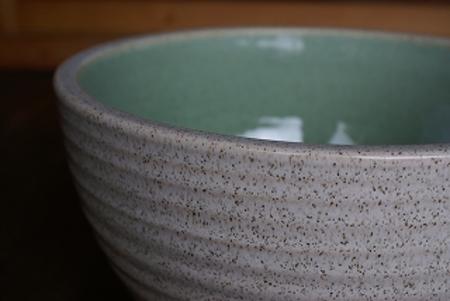白カスミひねりボウル水鉢10号
